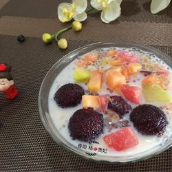 糖桂花牛奶水果捞