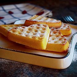 蛋奶华夫饼