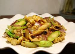 芦笋洋葱炒干鱿鱼
