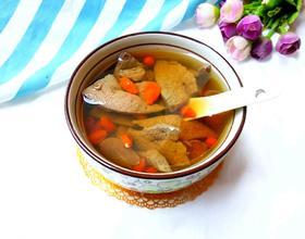 枸杞猪肝汤