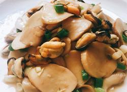 杏鲍菇爆炒淡菜肉