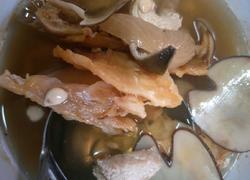鳄鱼瘦肉汤