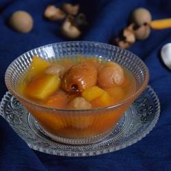 桂圆蜜枣炖木瓜