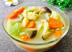 土豆炖杂蔬