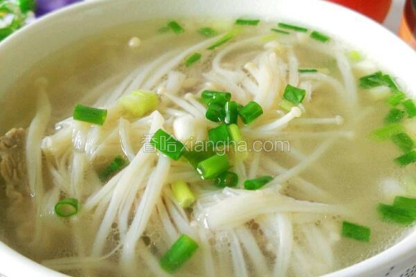 排骨金针菇汤