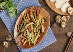 营养健康的美味小炒 腊肉蔬菜炒年糕