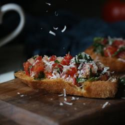 番茄香草面包塔
