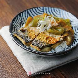 味增青花鱼饭