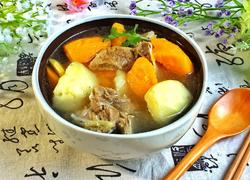 胡萝卜马铃薯猪骨汤
