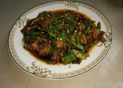 秋葵回锅肉
