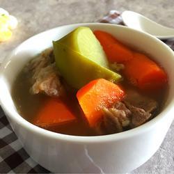 猪骨萝卜汤的做法[图]