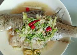 泰式柠香鲈鱼