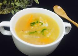 双色萝卜丝虾皮汤