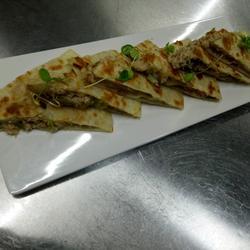 墨西哥辣椒金枪鱼饼