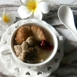 猴头菇大骨汤