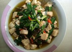 蒜苗焖豆腐