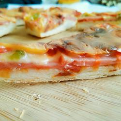 脆皮火腿披萨