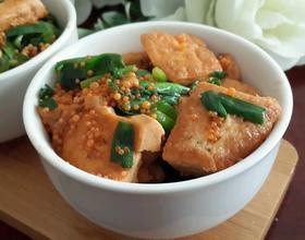 飞鱼子烧豆腐
