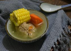 玉米胡萝卜骨头汤
