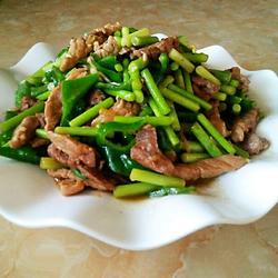 蒜苔炒肉的做法[图]