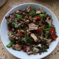 坛子豆角炒肉