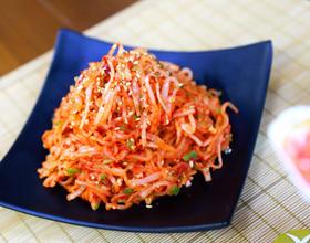 炎热的夏日,无法拒绝的清爽-韩式辣拌萝卜丝