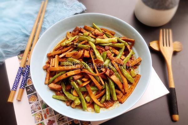 豇豆香干炒肉丝