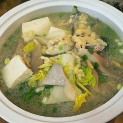 平菇豆腐滑鲶鱼