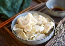 #东北#酸菜猪肉馅饺子