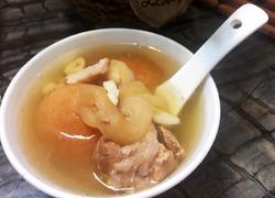 川贝海底椰冰糖雪梨炖瘦猪汤