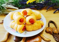胡萝卜香肠花卷