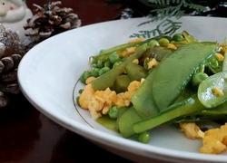 豌豆炒鸡蛋