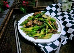 猪肉炒芦笋