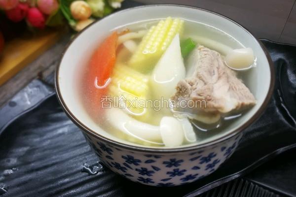 排骨玉米笋汤