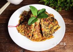 红椒香椿鸡蛋饼