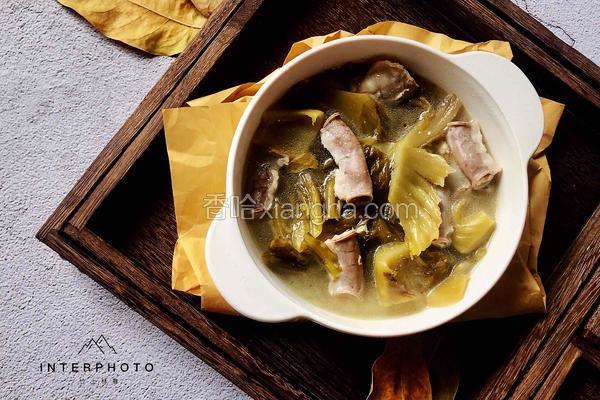 猪粉肠酸菜汤