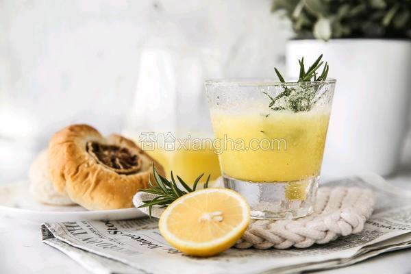 凤梨雪梨汁