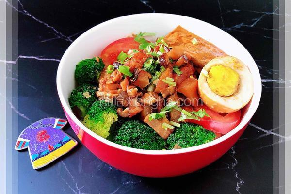 台式香菇卤肉拌面