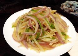 洋葱清炒土豆丝