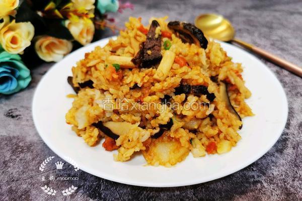 腊肠香菇土豆焖饭