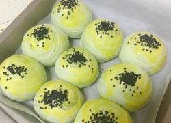 马卡龙蛋黄酥
