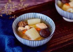 竹荪炖鸡汤