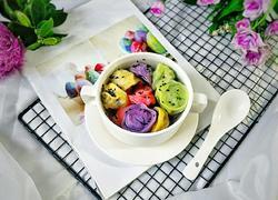 美味彩色素饺子