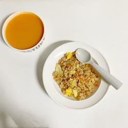 一周寶寶輔食:牛肉碎蛋炒飯的做法[圖]