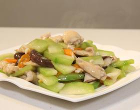 香菇冬瓜炒鸡片